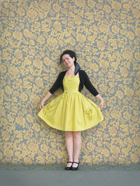 Yellow dress final (small)