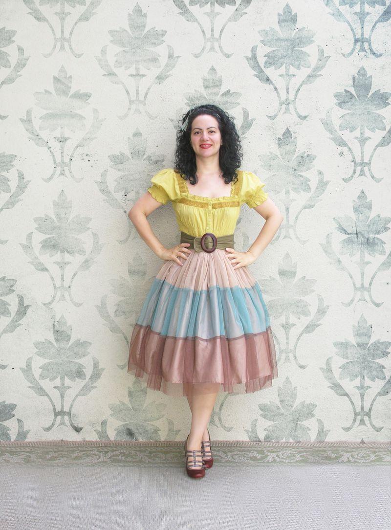 Browm skirt con fondo