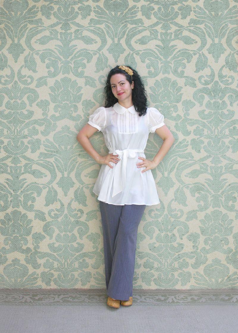 Blusa blanca con fondo