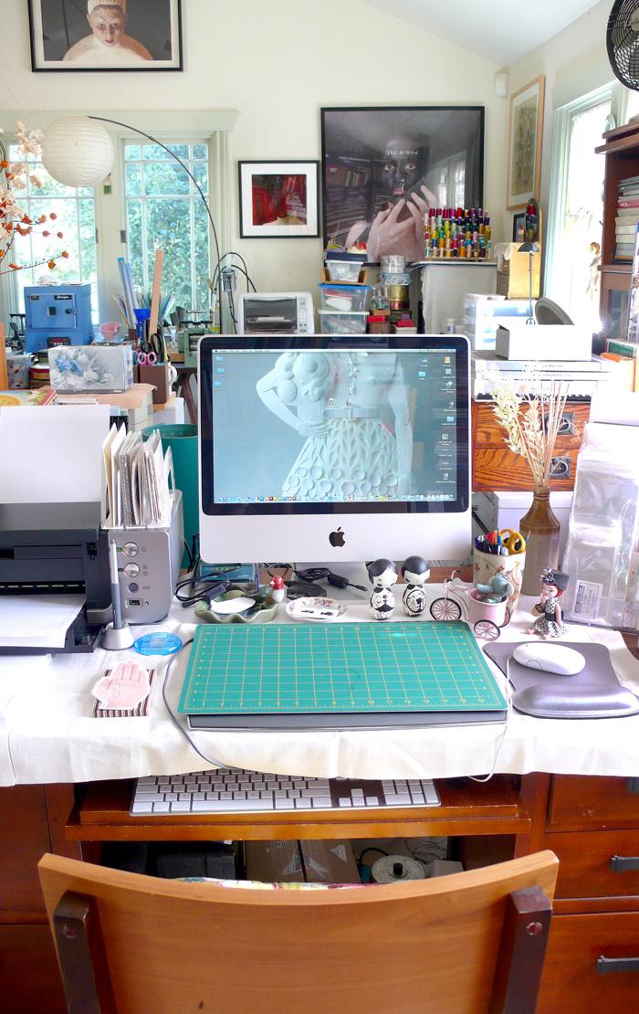 3 silla desk copy