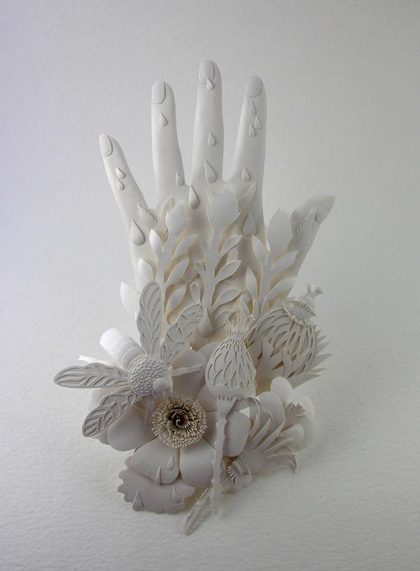 Elsa Mora - The hand