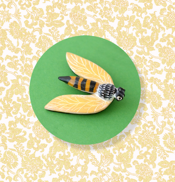 Bug pin small