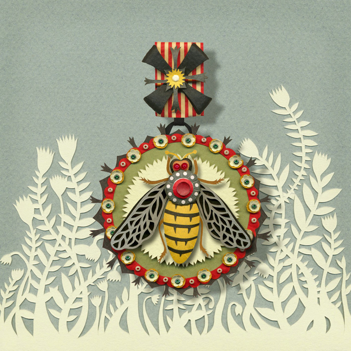 Paper bee brooch final small