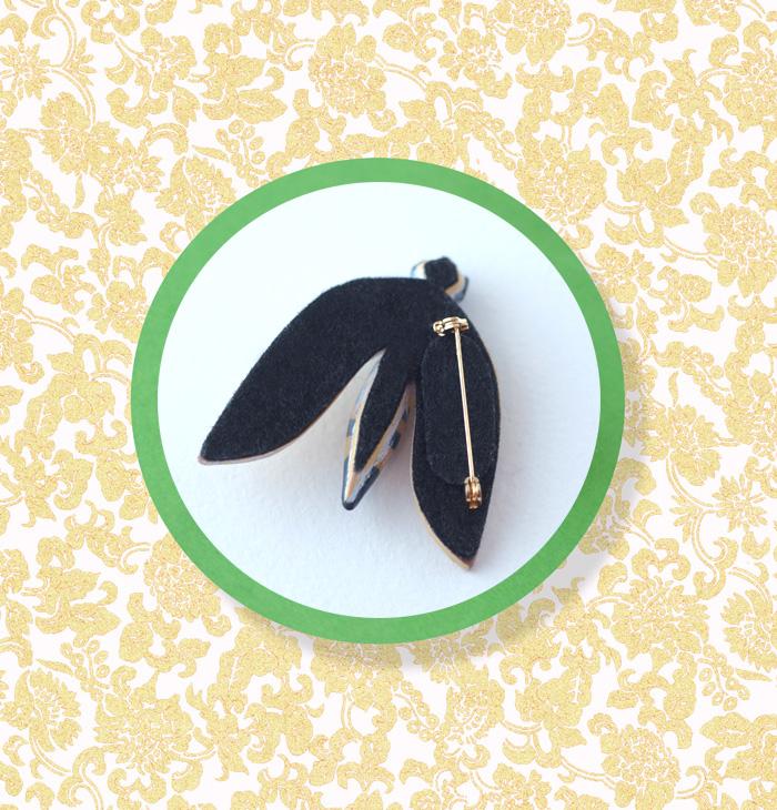 Bug pin back