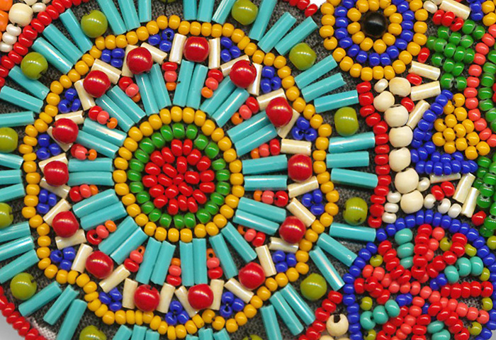 Seed necklace detail 1 small