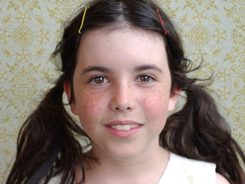 Natalie 1 con fondo small